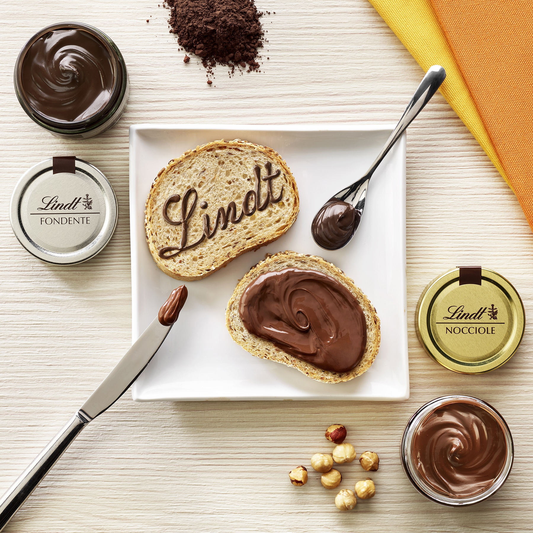 Lindt Cioccolato Crema Spalmabile Nocciole Fondente Food Shot by Fotografando