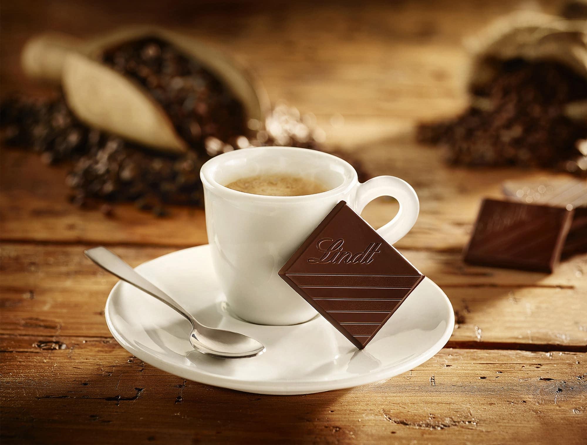 Lindt Tavoletta Cioccolato Tazza Caffè Food Shot by Fotografando