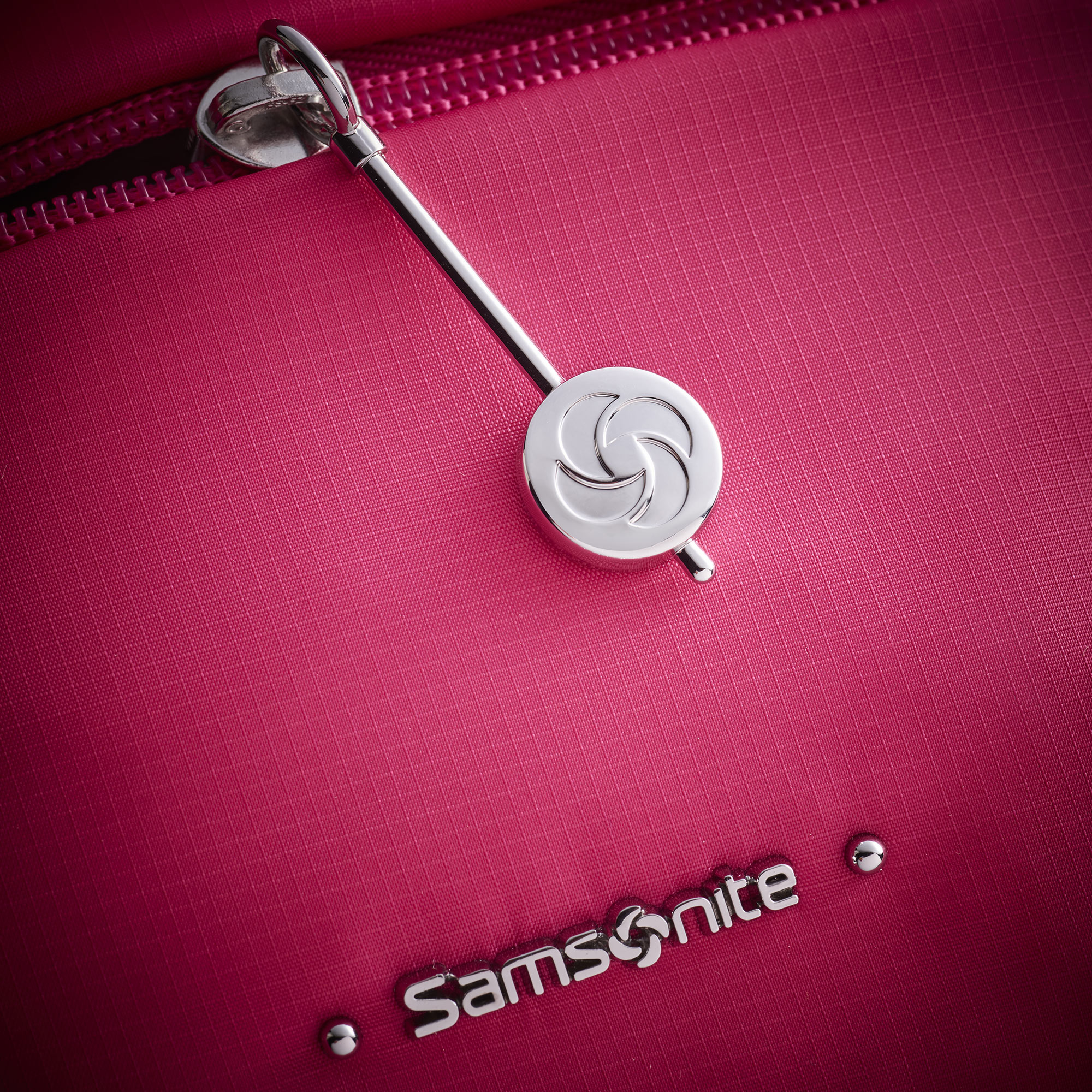 Red Bag Still Life Shot for Samsonite by Fotografando