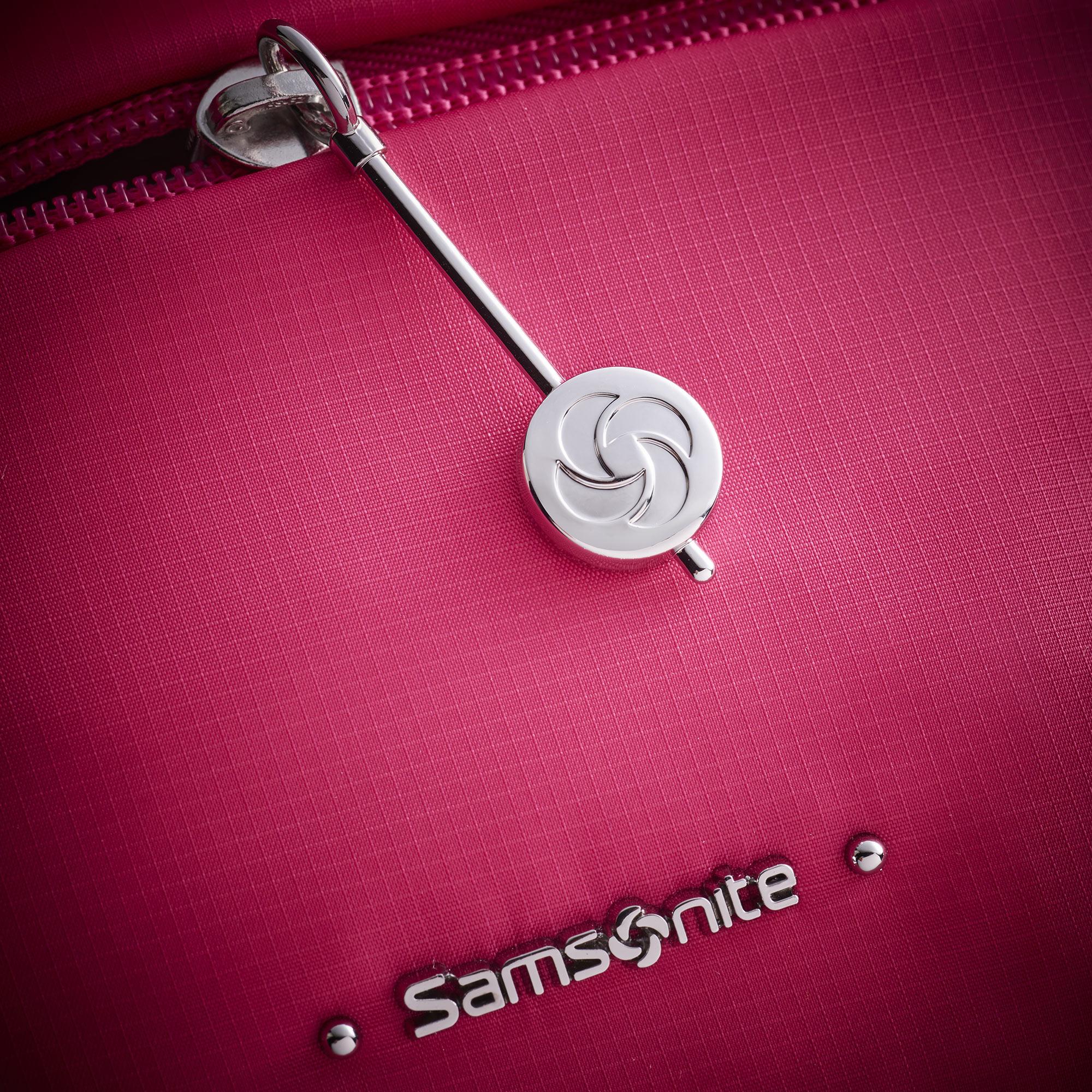 Red Bag Still Life Shot for Samsonite by Fotografando